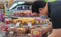 Vải Việt Nam lên kệ chuỗi siêu thị FairPrice tại Singapore