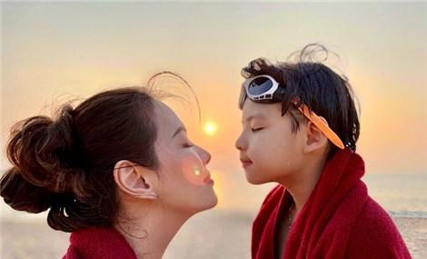 Đại gia đình MC Đan Lê cùng nhau du lịch Phú Quốc, bật mí bí kíp vui chơi vừa sang-xịn-mịn mà còn siêu tiết kiệm