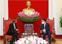 Thường trực Ban Bí thư tiếp Đại sứ Singapore tại Việt Nam