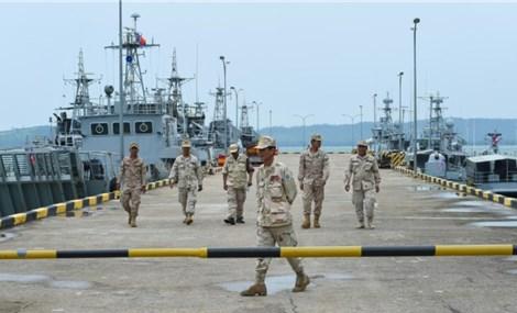 """Sau tranh cãi về căn cứ quân sự phía nam Biển Đông, Mỹ """"trừng phạt"""" Campuchia?"""