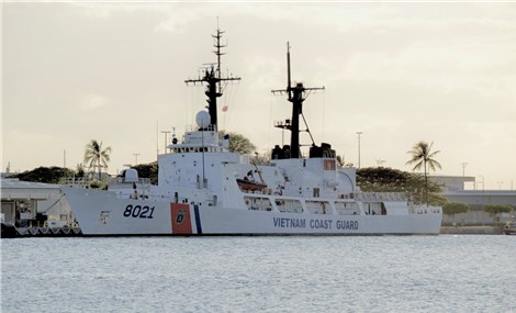 Tàu Cảnh sát biển Việt Nam 8021 đến Guam