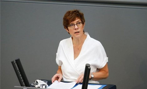 Bộ trưởng Quốc phòng Đức nhắc Bộ trưởng Quốc phòng Trung Quốc về phán quyết Biển Đông