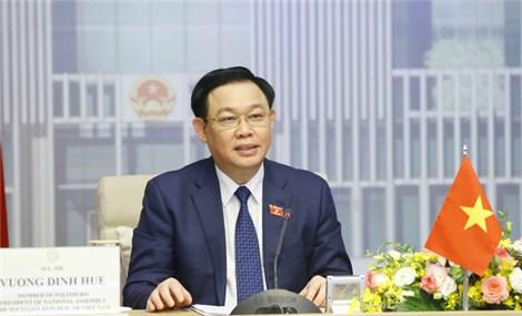 Việt Nam đề nghị chia sẻ kinh nghiệm tiếp cận vắc xin và công nghệ với Singapore