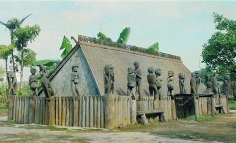 Nghệ thuật điêu khắc tượng nhà mồ Tây Nguyên