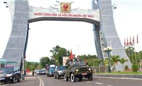 Tạm ngừng xuất-nhập cảnh qua biên giới Việt Nam - Campuchia