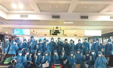 Gần 150 y bác sĩ chuyên môn cao tới TP Hồ Chí Minh chống dịch