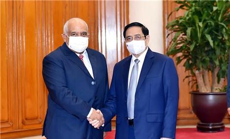 Thủ tướng Phạm Minh Chính tiếp Đại sứ Cuba