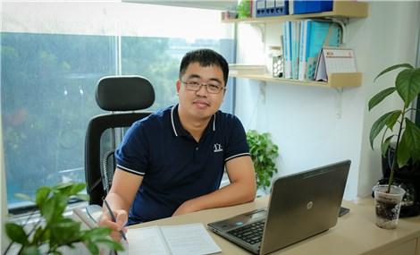"""CEO Hocmai.vn: """"Chúng tôi chưa từng nghĩ mình có thể kiên trì đến thế"""""""