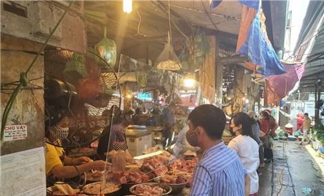 Hà Nội: Hàng hóa dồi dào, giá ổn định trong tuần đầu giãn cách xã hội