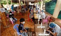 """WHO cảnh báo Campuchia đang ở thời điểm""""then chốt"""" để chặn dịch"""