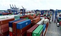 Nhập khẩu 98.000ô tô nguyên chiếc các loại trong 7 tháng