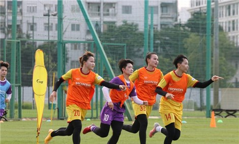 Tuyển nữ Việt Nam muốn đến UAE sớm, mơ đi World Cup 2023