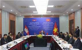Bộ Công an Việt Nam và Bộ Nội vụ Campuchia phối hợp phòng, chống COVID-19