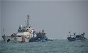 Cảnh sát biển và những chuyến hải trình mang thông điệp xanh