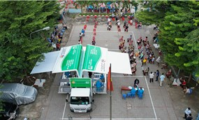 HCMC: Door-to-door vaccination for people in high-risk areas