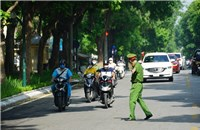 Hanoi controls 23 checkpoints, checking both commercial and official vehicleThe Hanoi