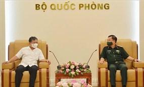 Thượng tướng Hoàng Xuân Chiến tiếp Đại sứ Việt Nam tại Campuchia