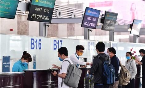 Yêu cầu các hãng hàng không dừng bán vé nội địa
