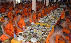 Campuchia cho phép tổ chức lễ Pchum Ben truyền thống