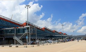 Sân bay quốc tế Vân Đồn đón 345 khách có 'hộ chiếu vaccine' về từ Mỹ