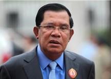 Thủ tướng Campuchia Hun Sen và phu nhân tiêm mũi 3 vắc xin Covid-19