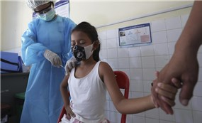 Campuchia bắt đầu tiêm vắc xin Covid-19 cho trẻ từ 6 đến 11 tuổi trước khi mở cửa trở lại trường học