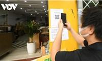 Các cơ sở kinh doanh ở Hà Nội chủ động tạo mã quét QR