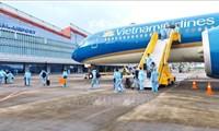 Sân bay Vân Đồn đón hơn 300 khách có'hộ chiếu vaccine' từ Pháp