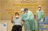 Campuchia chuẩn bị tiêm mũi vaccine Covid-19 thứ ba, cân nhắc mũi thứ tư
