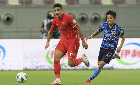 Cầu thủ nhập tịch Trung Quốc quyết thắng Việt Nam