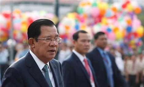 Vua Campuchia ủng hộ sửa hiến pháp, cấm quan chức cấp cao có song tịch