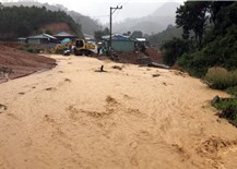 """Thủ tướng chỉ đạo khẩn cấp ứng phó với mưa lũ theo phương châm """"bốn tại chỗ"""""""