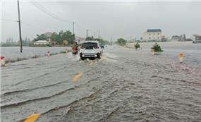 Bảo đảm an toàn tính mạng của người dân và khắc phục nhanh hậu quả mưa lũ