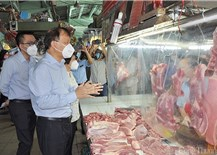 Tăng cường quản lý, bình ổn thị trường nhằm đảm bảo quyền lợi của người chăn nuôi và tiêu dùng